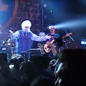 John Lydon Towel On Head After Struck