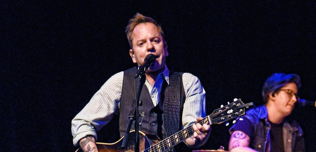 Kiefer Sutherland performing in 2016