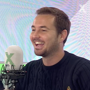 Martin Compston with Gnome on Gordon Smart show